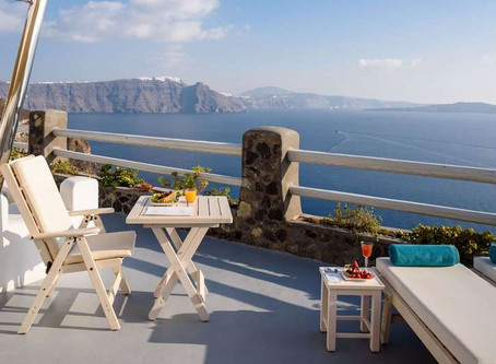 Luxury in Santorini at 51% discount?!