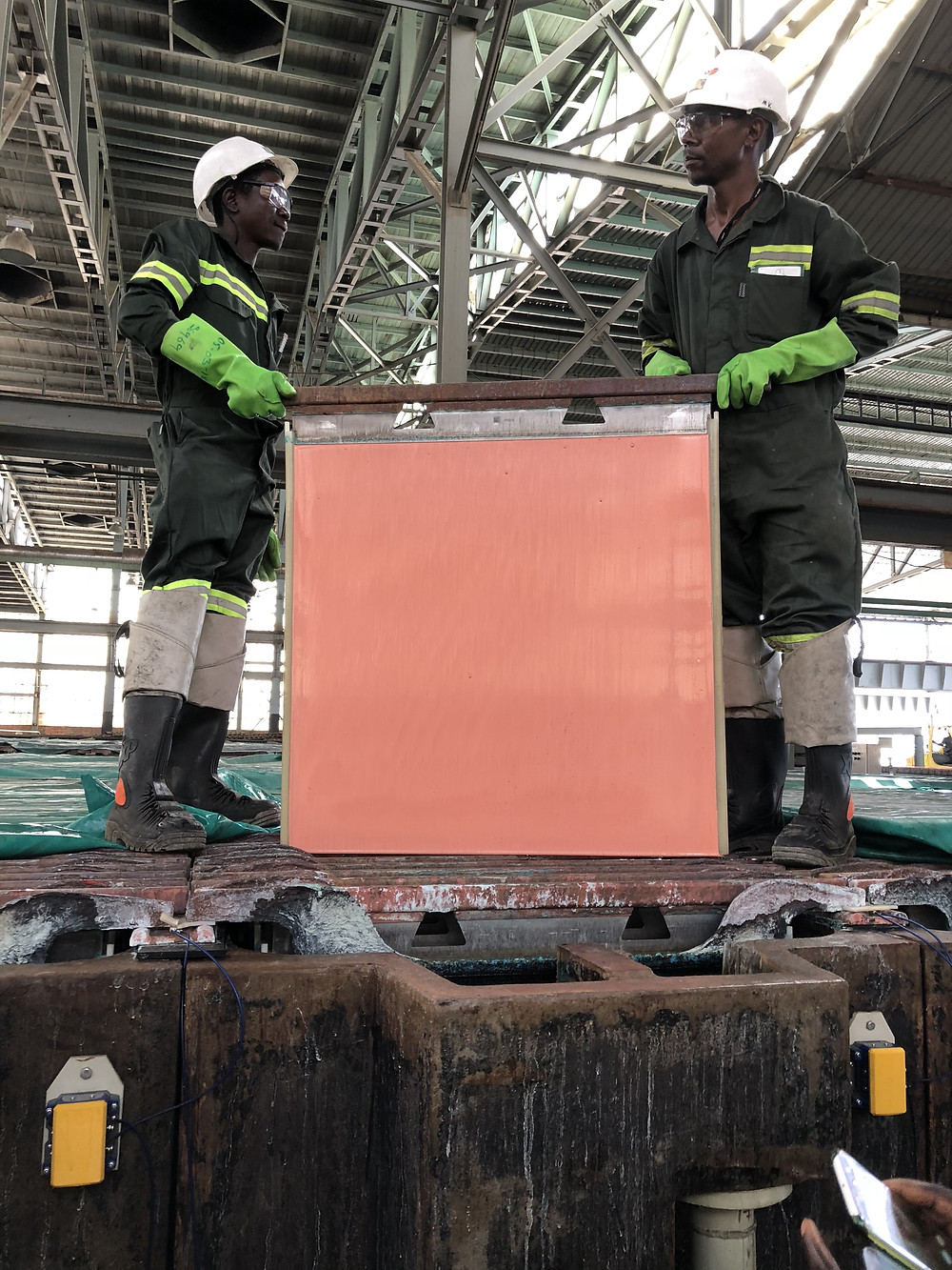 Copper cathode lifted from electrolysis pot – Mopani refinery, Mufulira (March 2018)