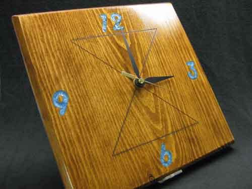 Danbar Clock Acrylic