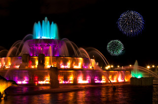 Copy of Buckingham Fountain Fireworks.jp