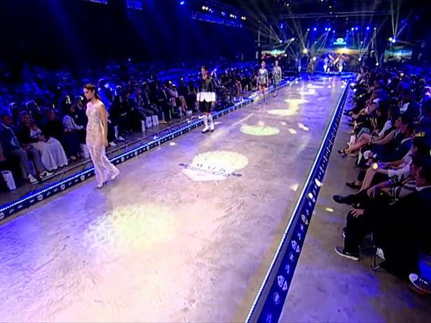 IOANNIS ROUMELIOTIS MADWALK FASHION SHOW VIDEO