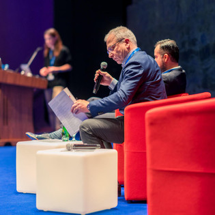 endo-dubai-2018-MIS-conference-6299.jpg