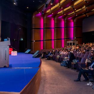 endo-dubai-2018-MIS-conference-6209.jpg