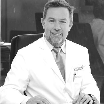 Dr. Roger Molinas