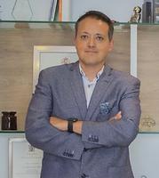 Dr. Luis Campos Olmedo.png