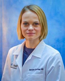 Dr. Martyna DeVries