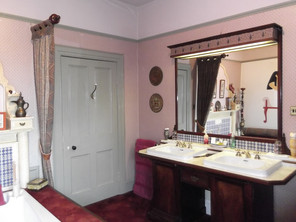 Four Poster Suite 7.JPG