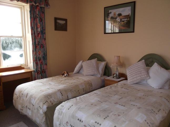 Twin Bed Room .JPG