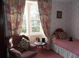 Family Room (4).JPG