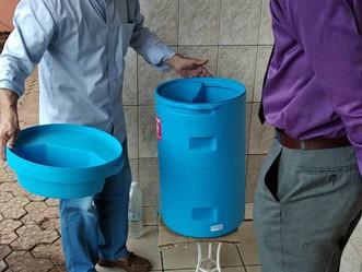 Le Purificateur d'eau « PROCLEANSE » visible à BASTOS, CAMEROUN