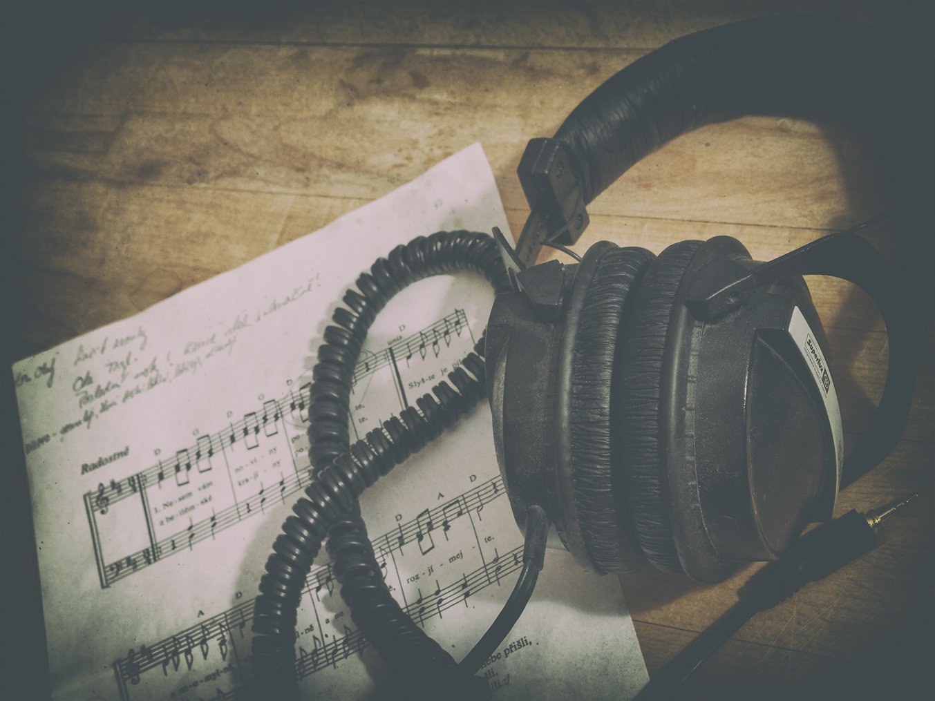 Headphones and music notes.jpg