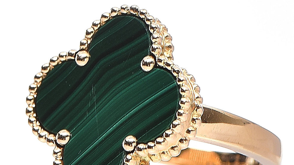 Yellow Gold Clover Ring with Malachite
