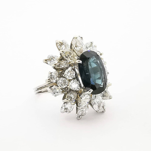 Classic White Gold Sapphire and Diamond Ring.