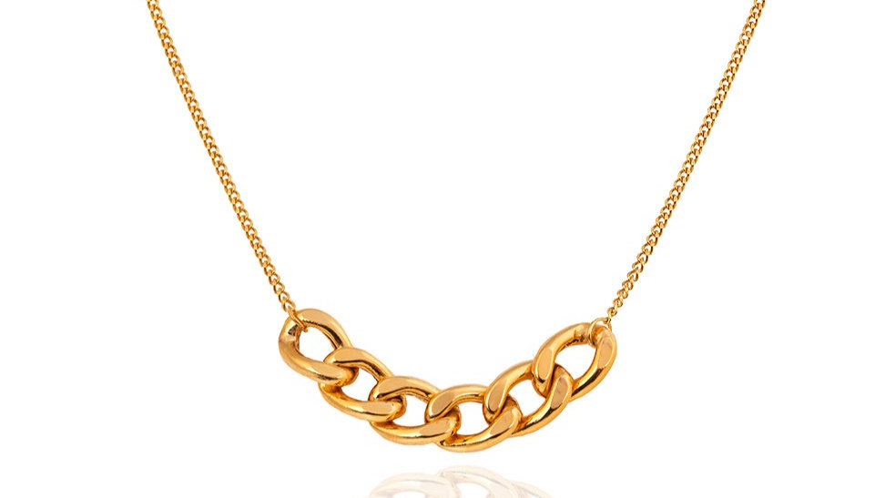 Yellow Gold Necklace with Extender Center Curb Link Element