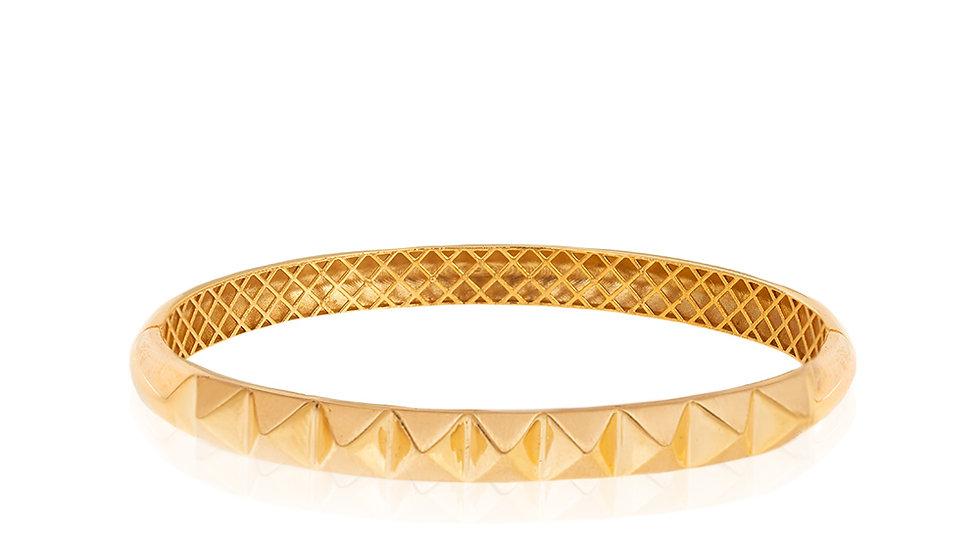 Yellow Gold Bangle Bracelet, diamond shape