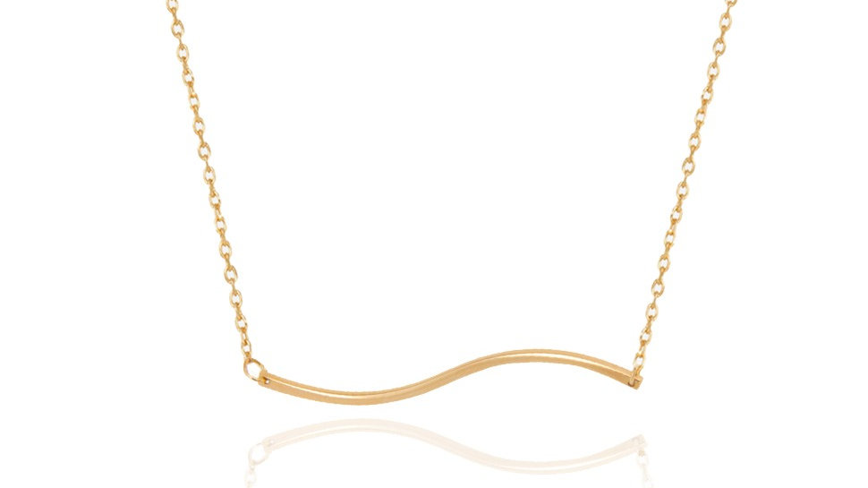 Yellow Gold Necklace with a curve Line