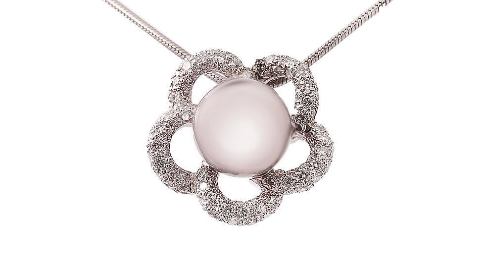 Flower Shape Tahitan Black Pearl and Diamond Pendent