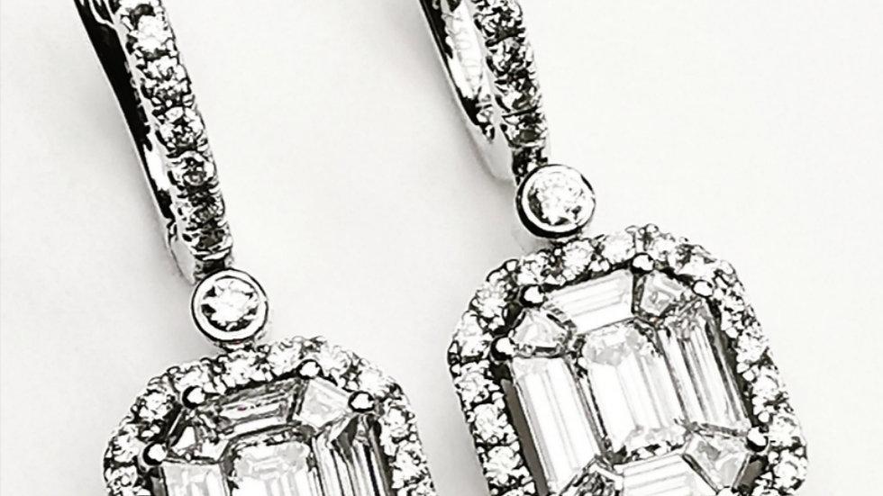 18k White Gold Invisible Emerald & Baguette Cut Diamond Setting Earrings.