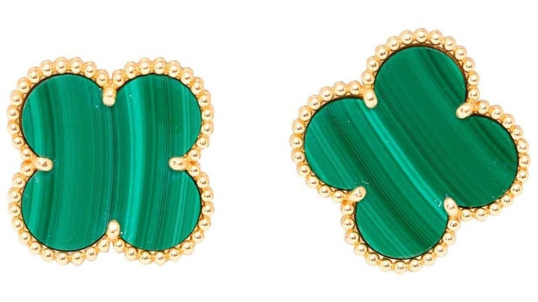 Yellow Gold Stud Earring with Malachite