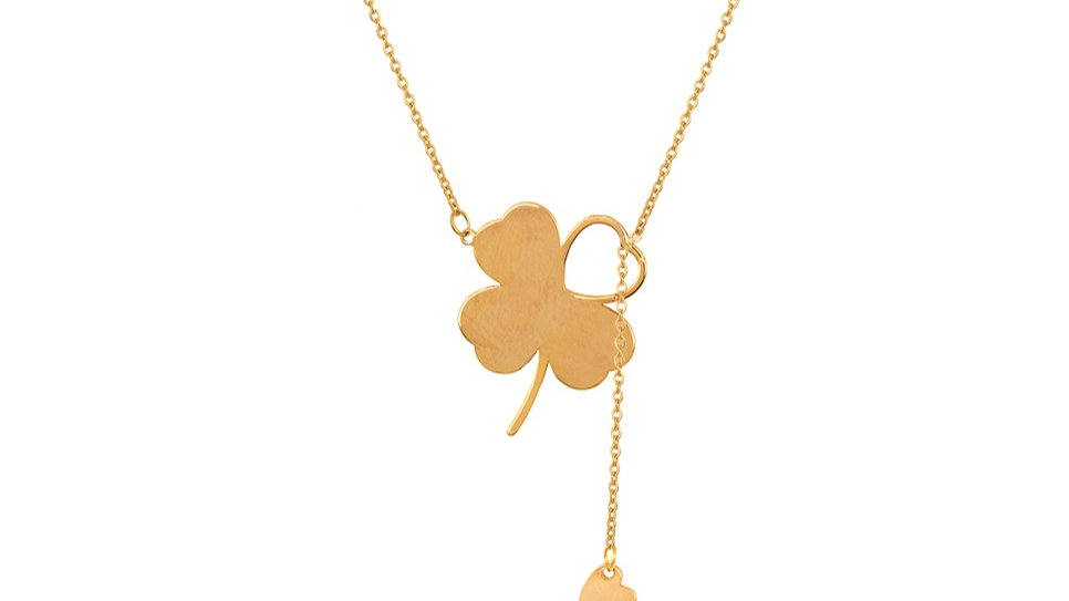 Necklace with one Clover and a dangling heart