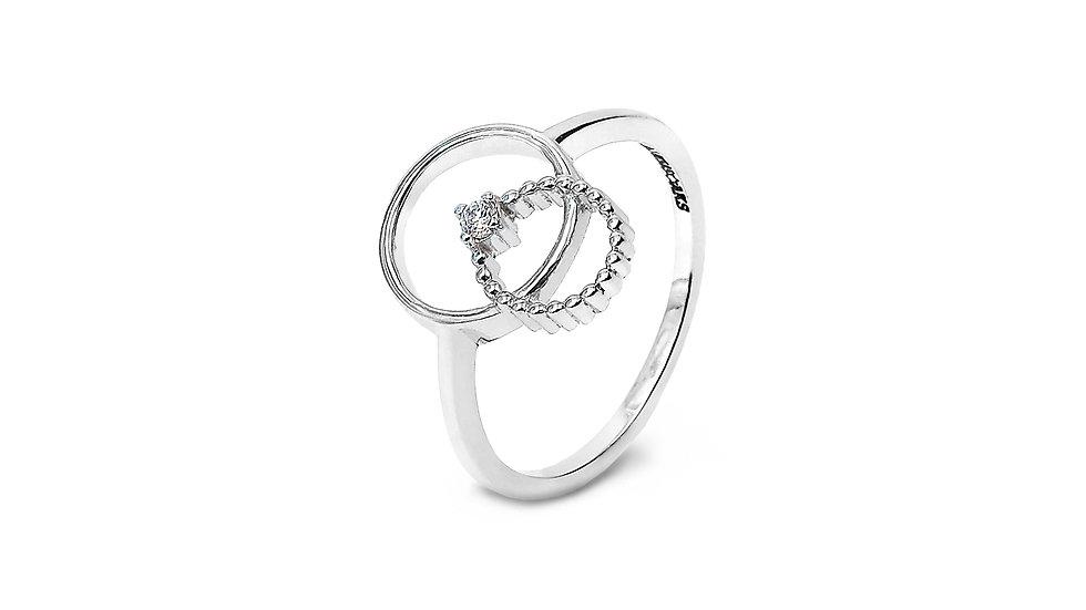 Ring Inside a Circle Diamond Ring
