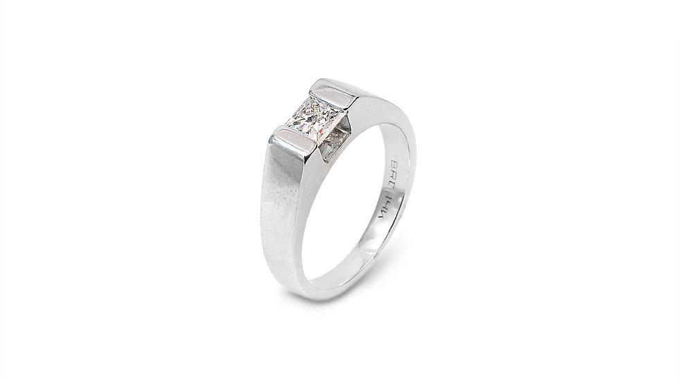 White Gold band rub-over with one Princess cut Diamond