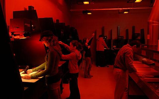 art-photo-darkroom-m.jpg
