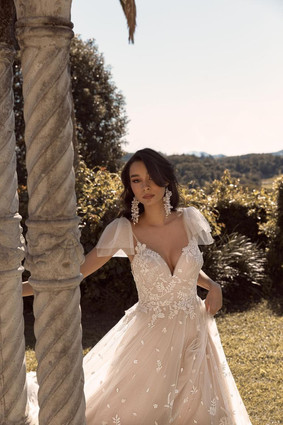 Madi Lane - Bonnie
