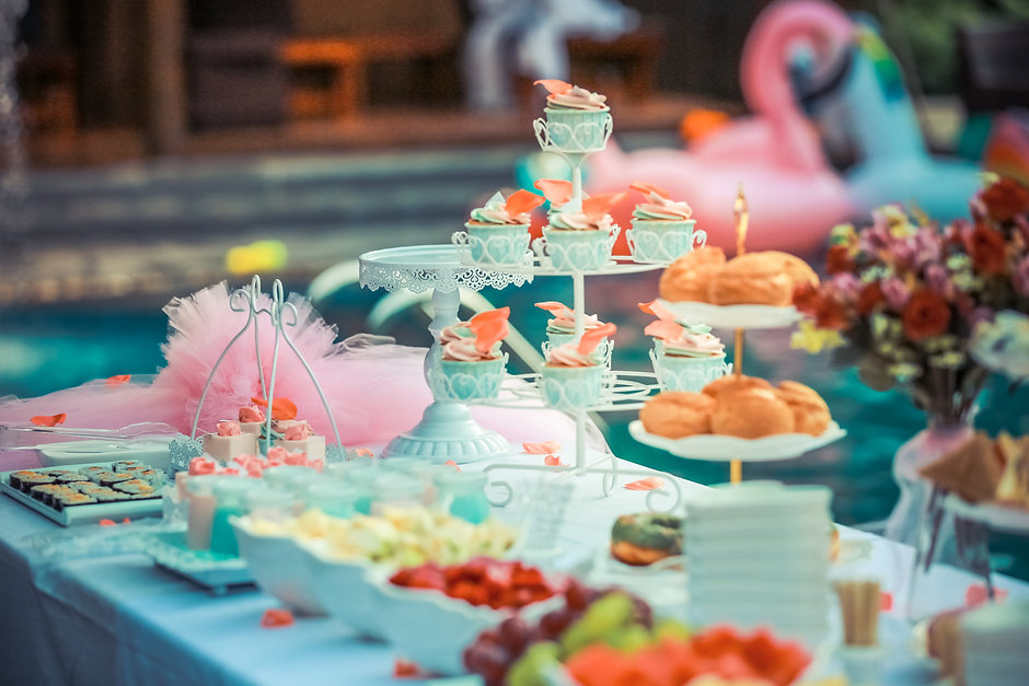 colorful-colourful-cupcakes-587739.jpg