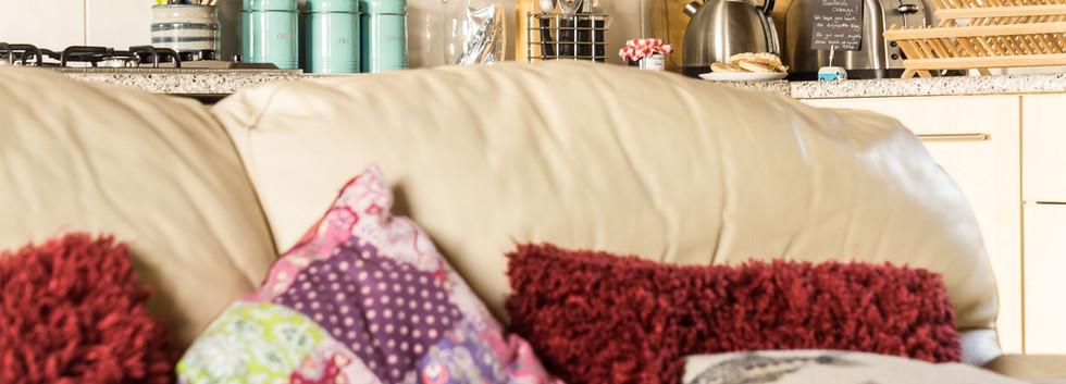 Delfryn Swallows Cottage Kitchen 3.jpg