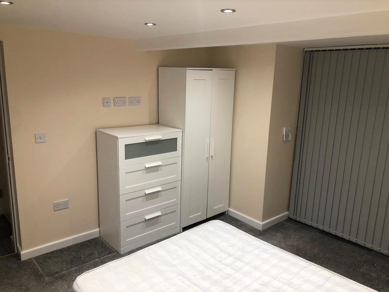 En-suite bedroom furniture.png
