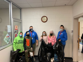 Robbinsville Student Council trash pickup