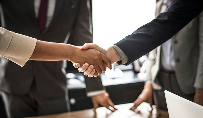 business-people-shaking-hands-meeting-ro