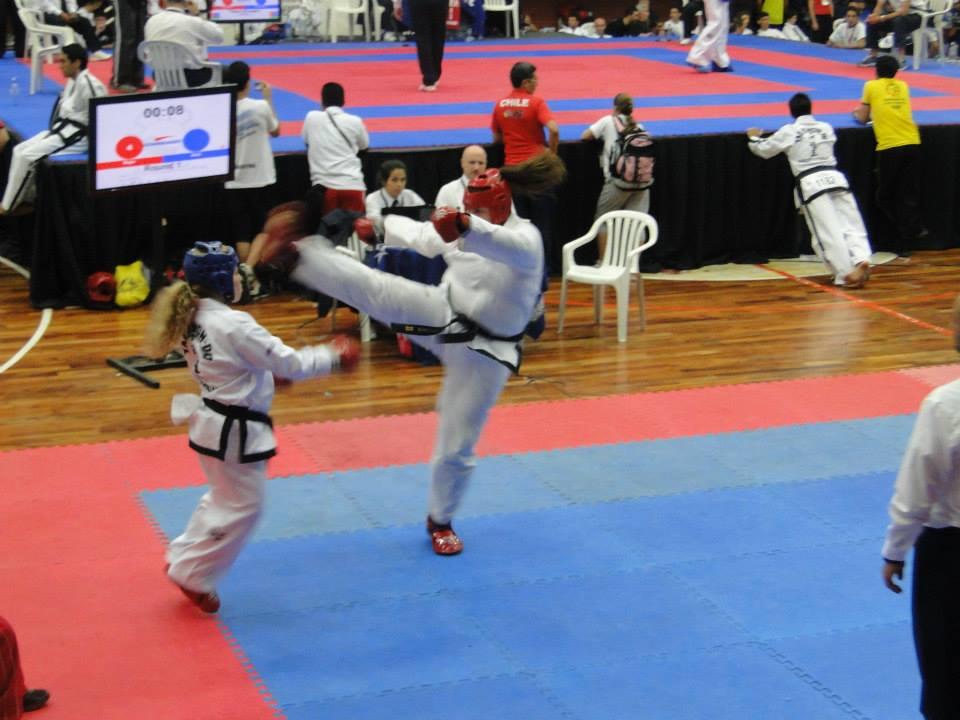 Emilce Defrance en combate
