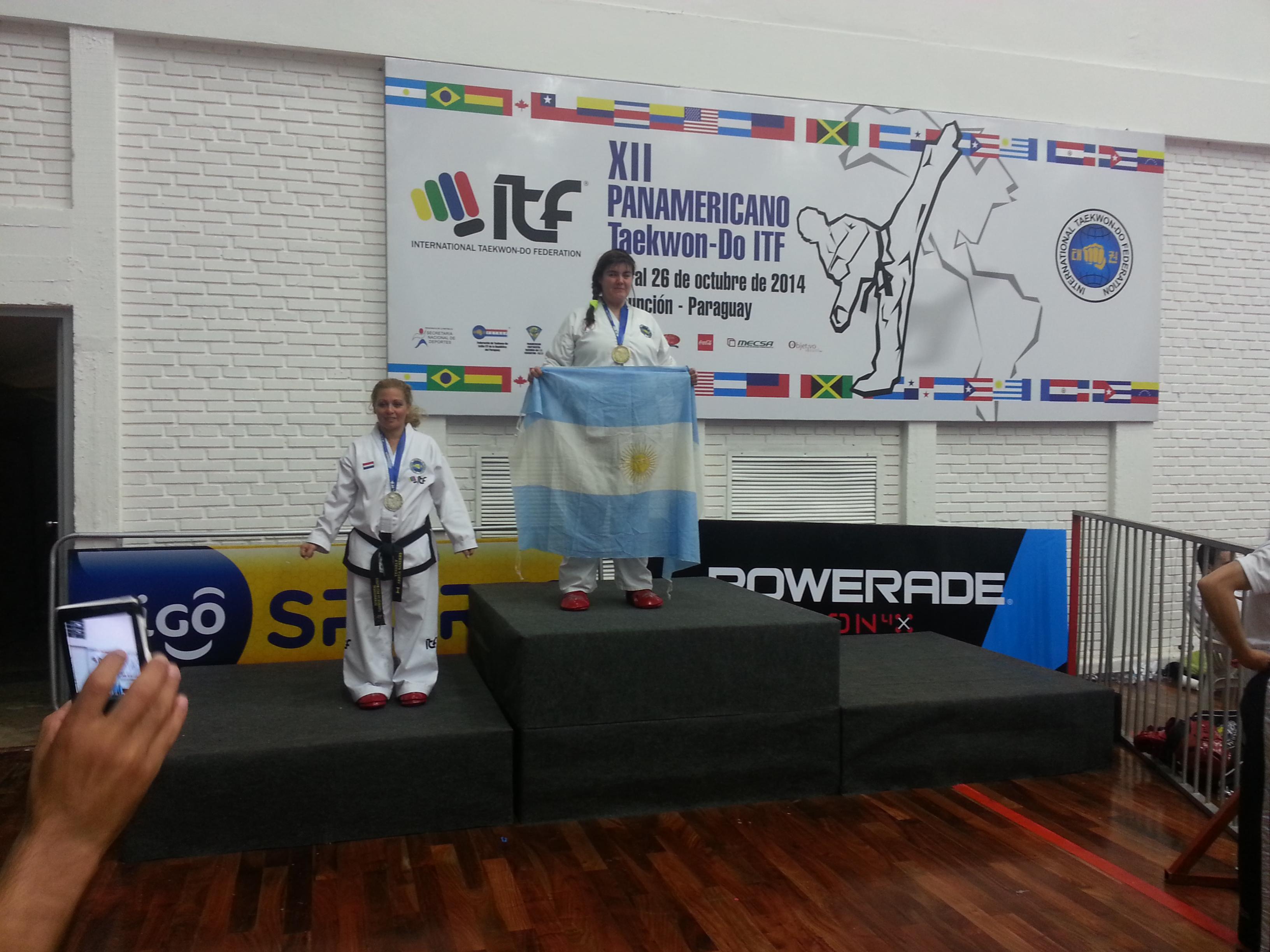 Emilce Defrance en el podio