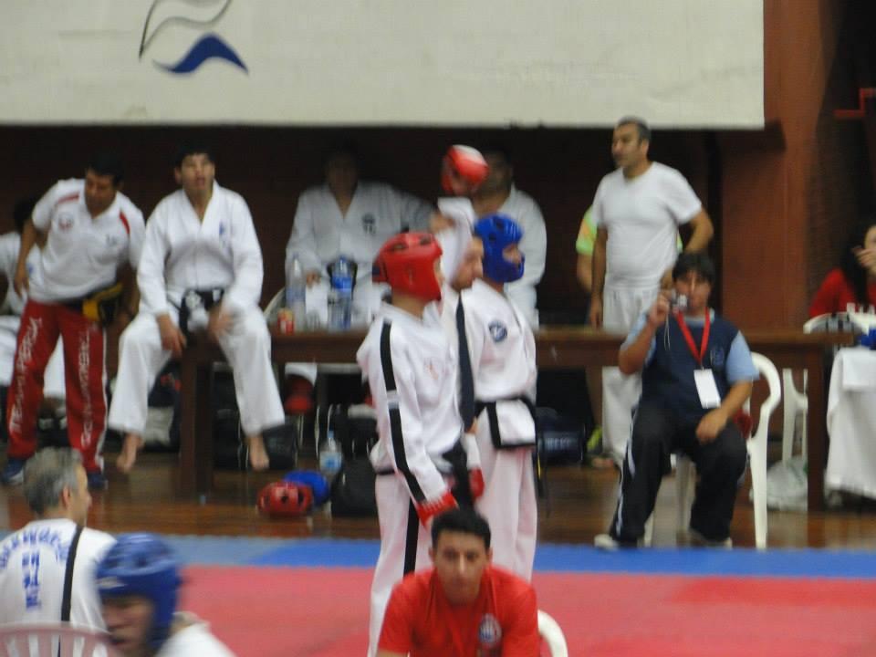 Christian Di Leo ganando 2° combate