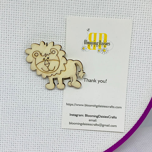 Wooden Lion Color your Own Needle Minder