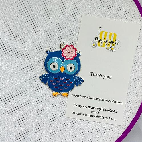 Blue Owl Enamel Needle Minder