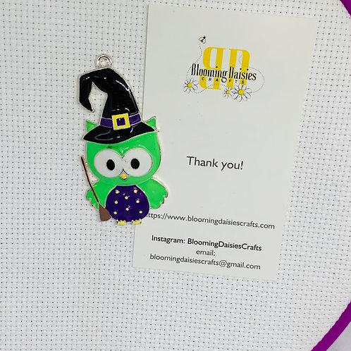Enamel Owl Halloween Needle Minder