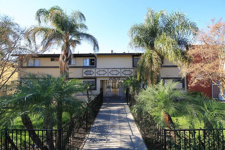 8801 Tobias Ave, Panorama City, CA 91402