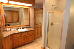 Bathroom: Upstairs off of Bedroom 1