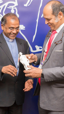New_York_Mahatma_Award_Caritas.jpg