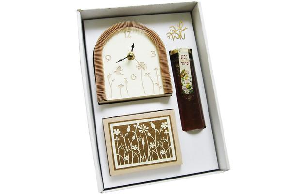 שעון חלת דבש צנצנת דבש וממו מניפה במארז