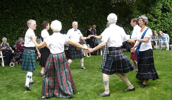 Scottish%20D%20circle%20050_crop.jpg