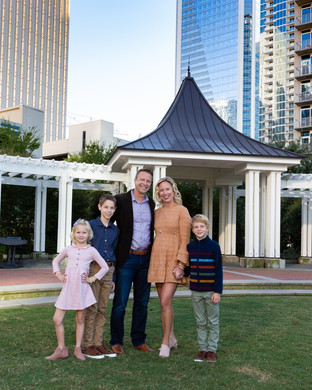 Uptown Charlotte Family Portraits