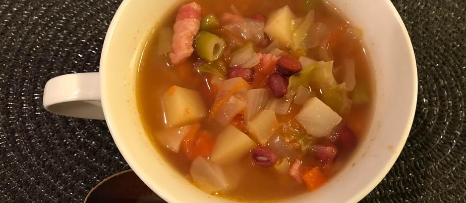小豆ポリフェノールを手軽に摂るレシピ「小豆入りミネストローネ」