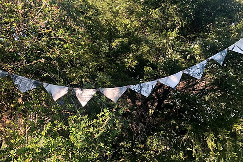 Bunting I with buttons - recycled cotton 2.6 metres