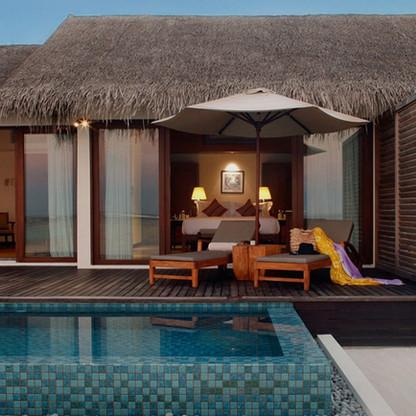 accommodation-beach-pool-villa-masthead.
