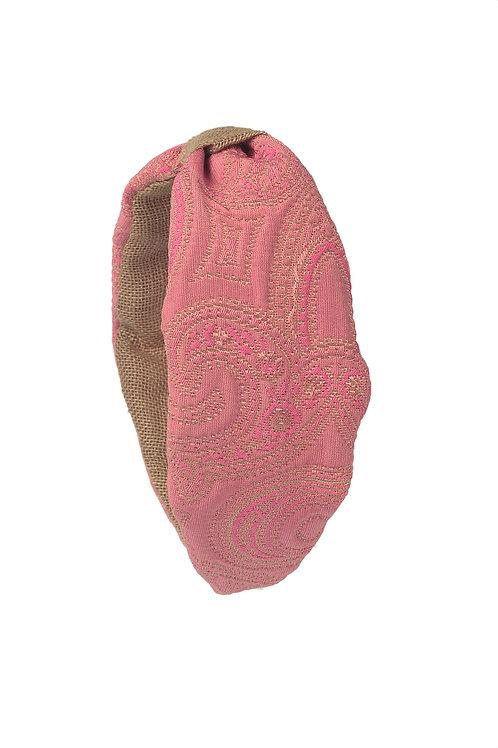 Diadema de seda rosa damasco bordada con nudo lino