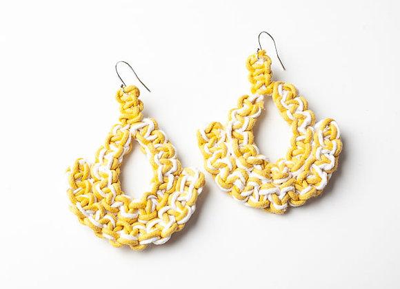 Pendiente Nudos Amarillo/Blanco